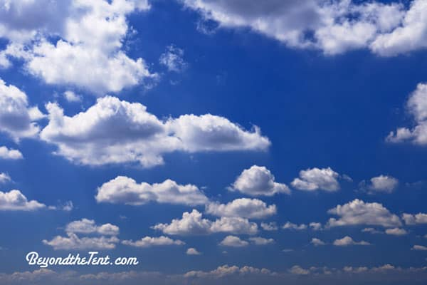 fluffy-white-clouds-how-to-predict-the-weather-for-kids