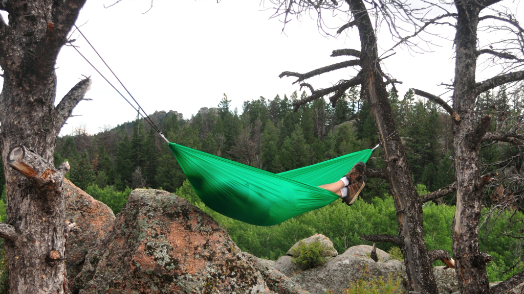 Ideal sleep position in a hammock