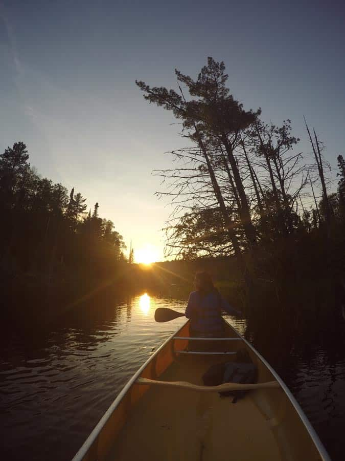 Kelly-Canoeing-Into-The-Sunset