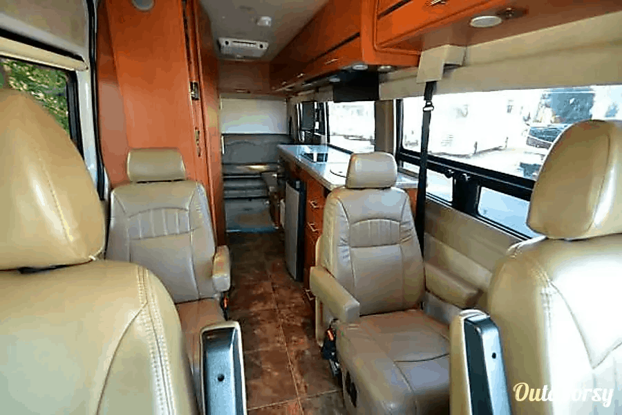 12 of the Best RV Rentals in Chicago Illinois 1