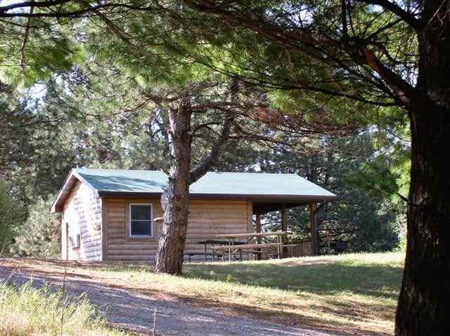 Camping Cabin in Arrowhead Park Iowa