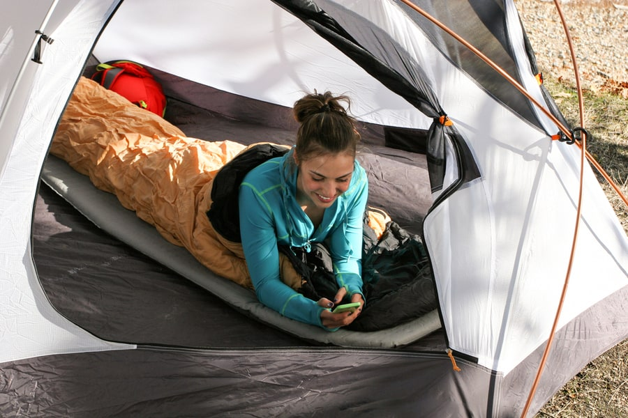 How to Choose the Best Sleeping Pad for Camping or Backpacking 25