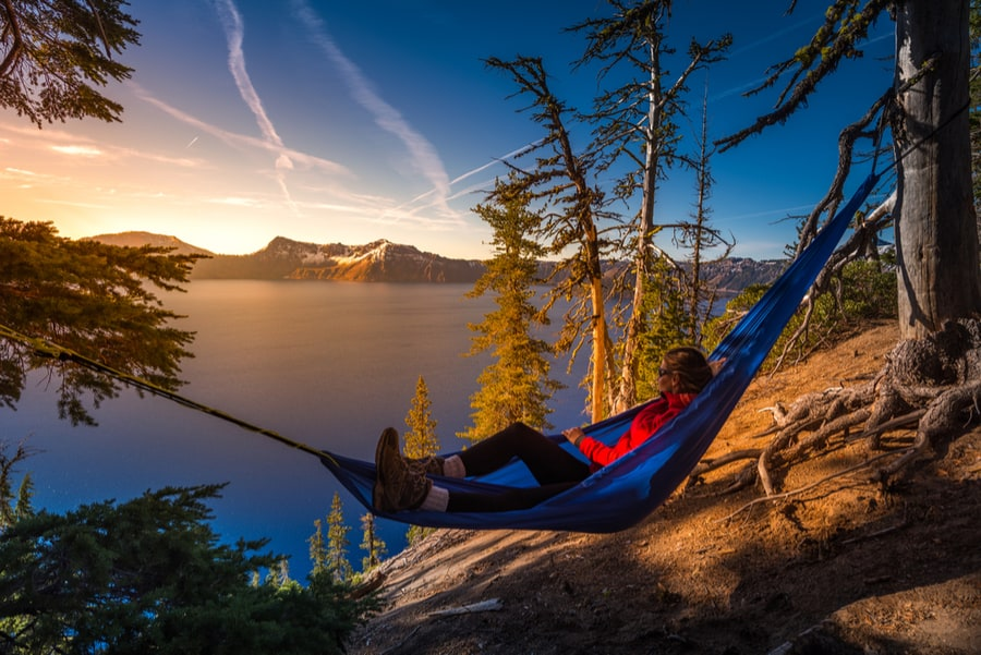 How to Choose the Best Sleeping Pad for Camping or Backpacking 38
