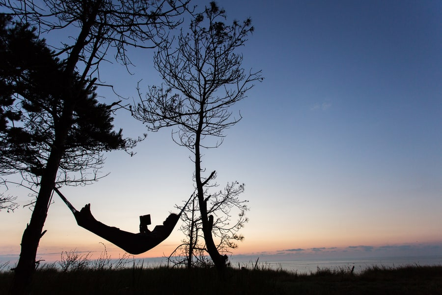 The Amazing Health Benefits Of Sleeping In A Hammock 1