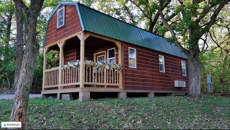 Camping cabin at Shadybrook Camping and RV resort