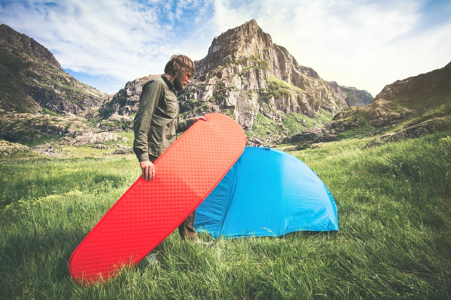 How to Choose the Best Sleeping Pad for Camping or Backpacking 35