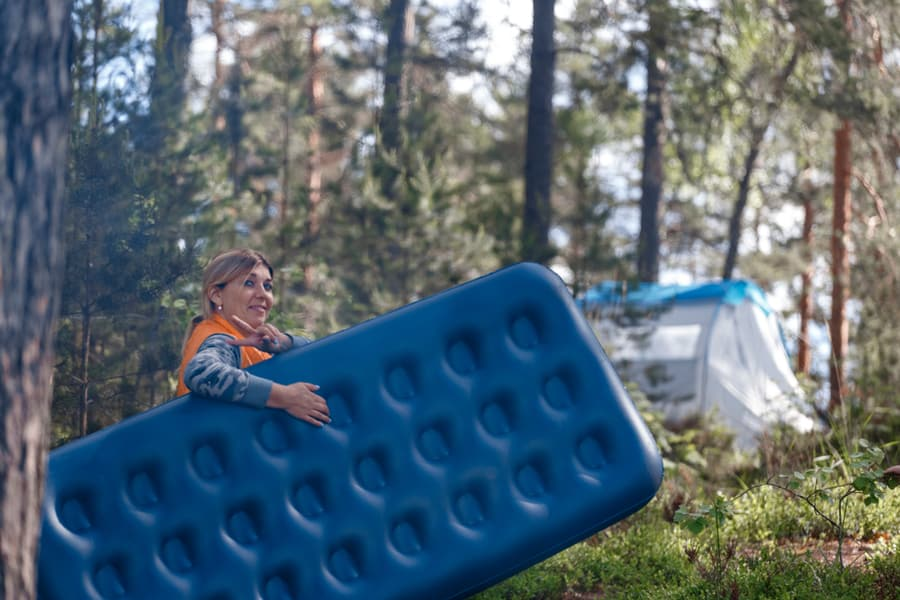 How to Choose the Best Sleeping Pad for Camping or Backpacking 21