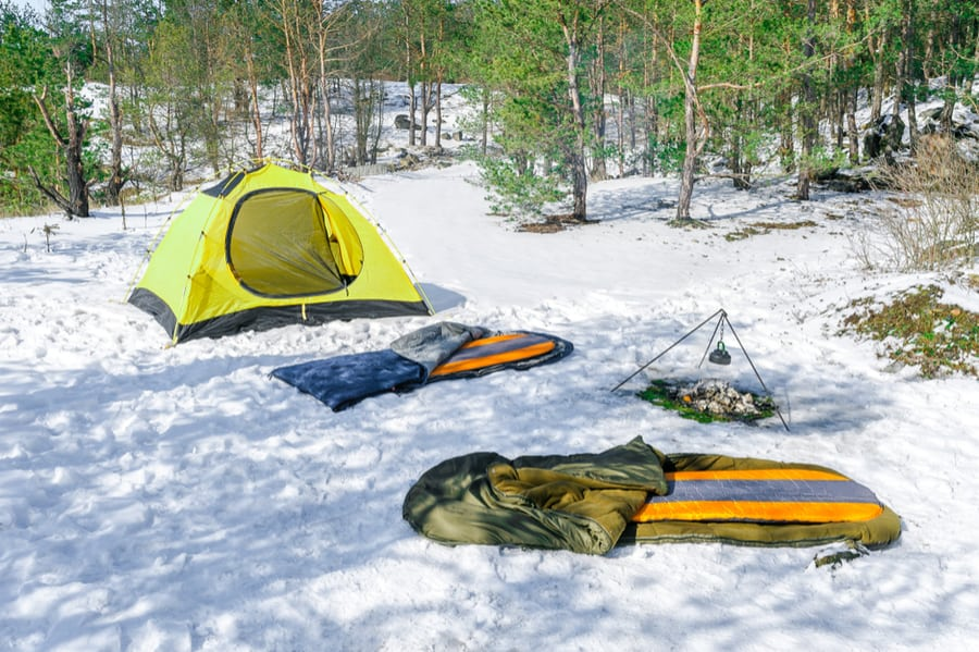 How to Choose the Best Sleeping Pad for Camping or Backpacking 29