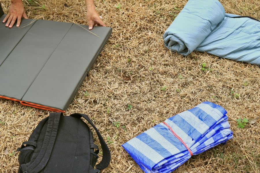 How to Choose the Best Sleeping Pad for Camping or Backpacking 28
