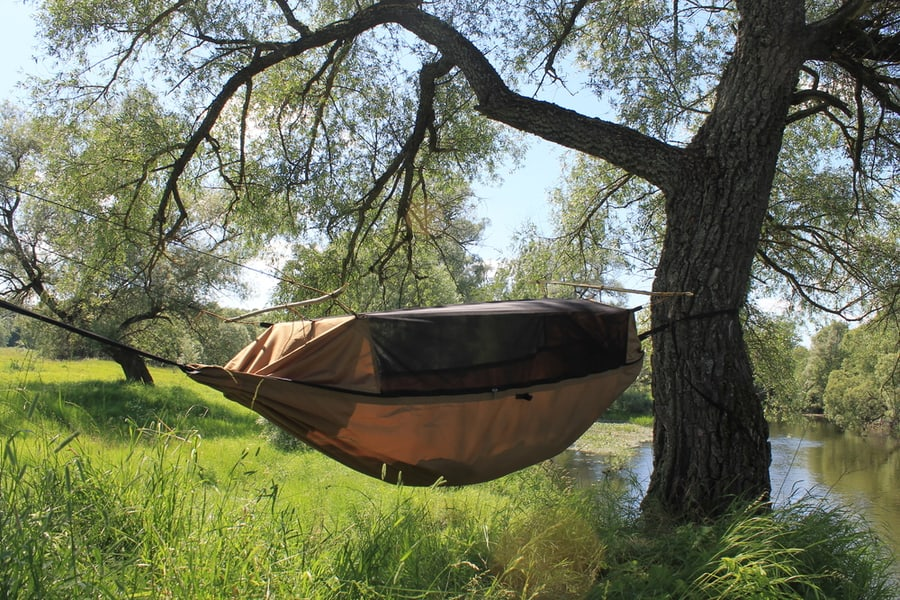 The Ultimate Beginner's Guide to Hammock Camping 2