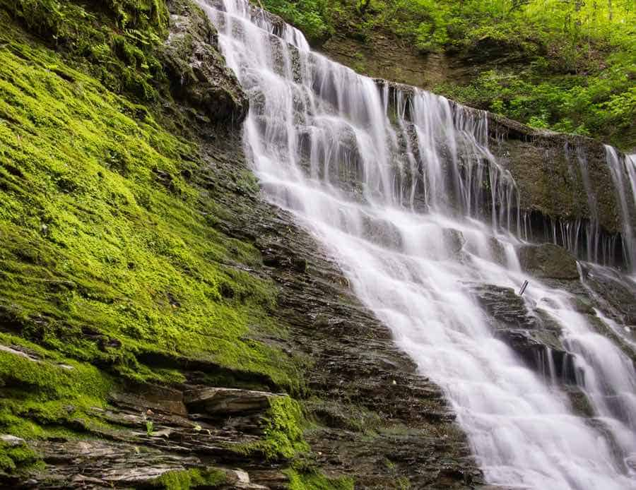 Waterfall in Natchez Trace in Tennessee