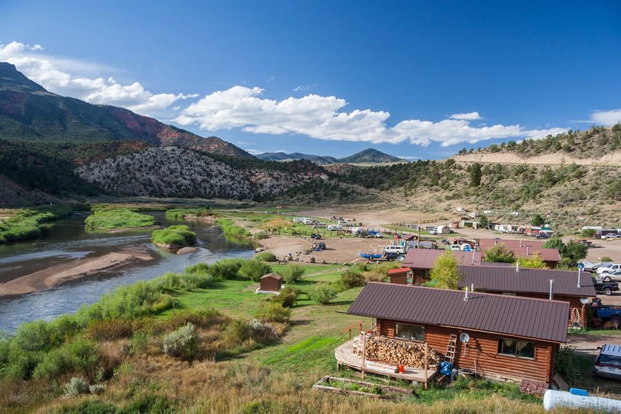 Hot Sulphur Springs in Colorado