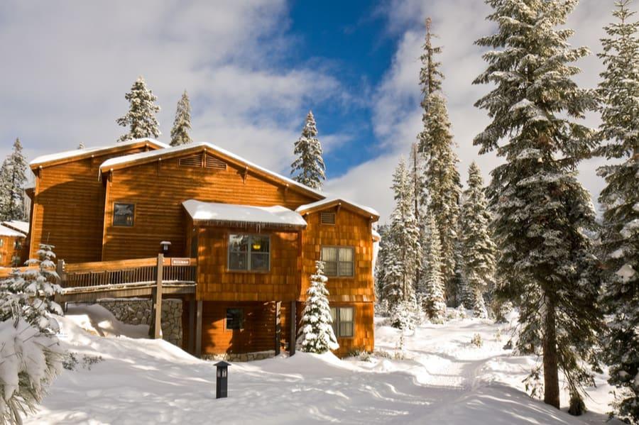 Wuksachi Lodge in Sequoia National Park