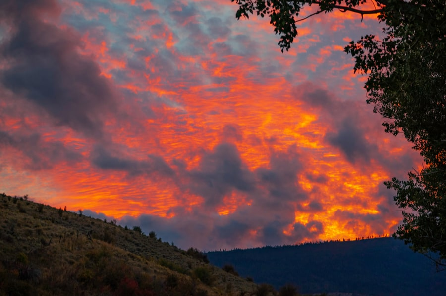 Sunset Near Grande Hot Springs Resort Home to One of the Best RV Parks in Oregon