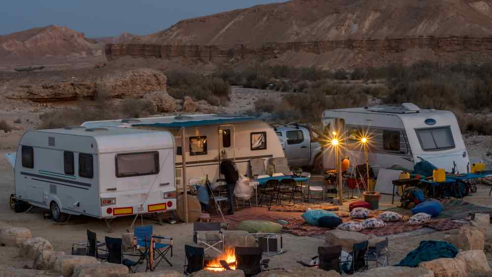 Caravan with friends and family with group rv rentals.